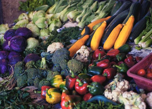 PLEDGE 5: I take on food waste